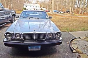 1981 Jaguar XJ6 Photo