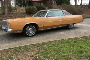 1976 Chrysler New Yorker Photo
