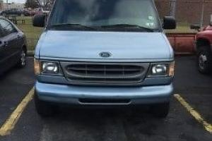 1999 Ford E-Series Van