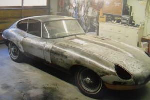 1964 Jaguar E-Type FHC Photo