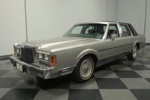 1989 Lincoln Town Car Signature