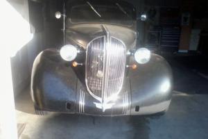 1938 Plymouth Sedan 4 door suicide