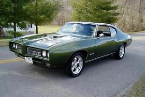 1969 Pontiac GTO Photo