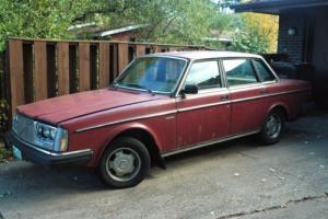 1985 Volvo 240 Photo