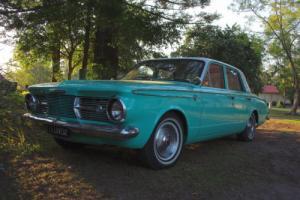 Valiant sedan 1965 Photo