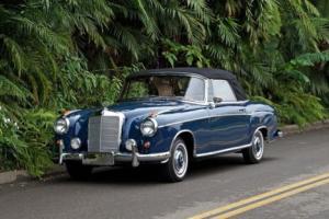 1957 Mercedes-Benz 200-Series 220S Cabriolet