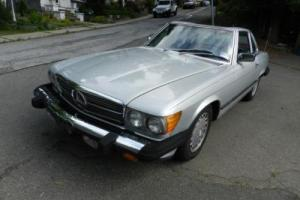 1988 Mercedes-Benz 500-Series 560SL Photo