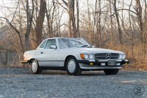 1988 Mercedes-Benz 500-Series 560 SL
