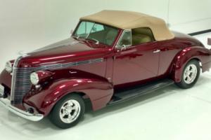 1937 Pontiac Convertible Coupe Photo