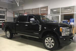 2017 Ford F-250 Platinum SuperCrew 4x4 FX4 Ultimate Navigation Diesel