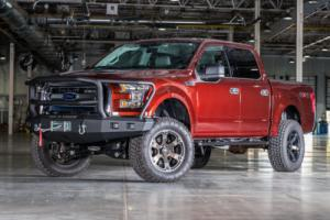 """2015 Ford F-150 2015 Ford F-150 6"""" Lift 35"""" Tires"""