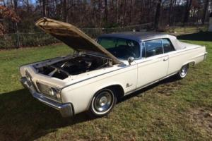 1964 Chrysler Imperial Photo
