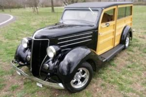 1936 Ford WOODIE WAGON Photo