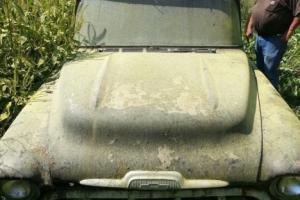 1957 Chevrolet Suburban Photo