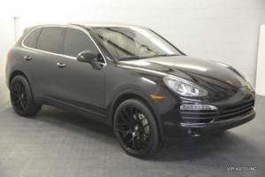 2011 Porsche Cayenne AWD 4dr S Photo
