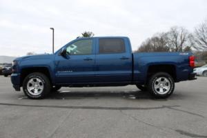 """2017 Chevrolet Silverado 1500 4WD Crew Cab 143.5"""" LT w/1LT"""