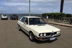 RARE 1976 BMW 528  MANUAL in Excellent condition throughout Photo
