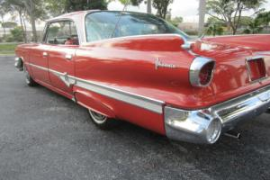 1960 Dodge Dart Photo