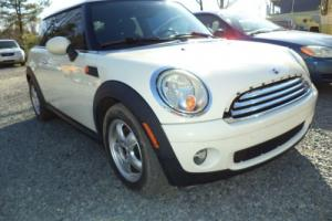 2007 Mini Cooper 2007 Mini Cooper Hatchback 2-Dr 1.6L Clean 5 Speed