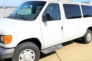 2007 Ford E-Series Van Photo