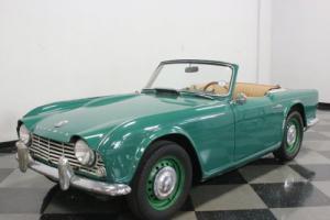 1963 Triumph TR4 Photo