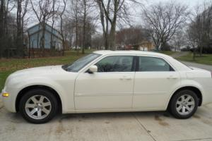2006 Chrysler 300 Series 4dr Sedan 300C