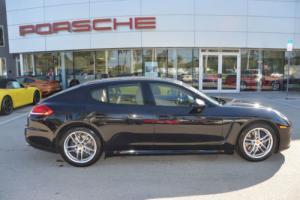 2016 Porsche Panamera 4dr Hatchback Edition