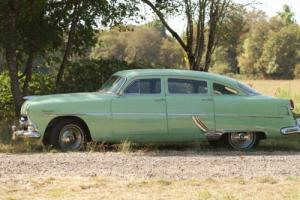 1954 Hudson Hornet Photo