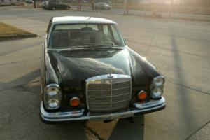 1971 Mercedes-Benz 200-Series SE