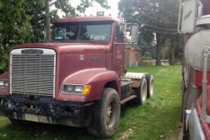 1989 Freightliner FLD 12064SD Commercial Trucks