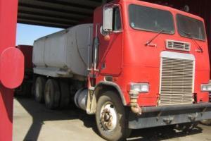 1987 Freightliner T063042T Tank Trucks