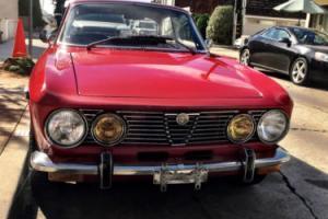 1974 Alfa Romeo GTV 2000 Bertone Coupe