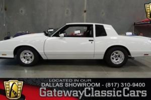 1982 Chevrolet Monte Carlo --