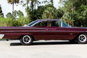 1960 Pontiac Bonneville Photo