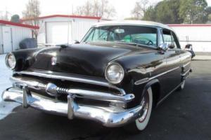 1953 Ford Victoria - Utah Showroom