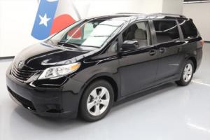 2015 Toyota Sienna LE 8-PASS THIRD ROW REAR CAM