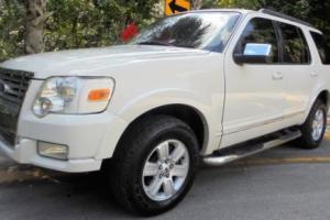 2010 Ford Explorer Photo