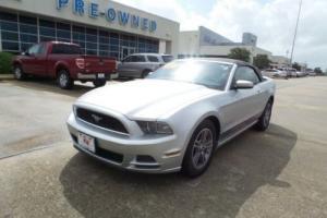 2013 Ford Mustang V6 Premium Conv.