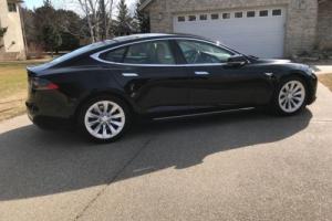 2016 Tesla Model S Photo