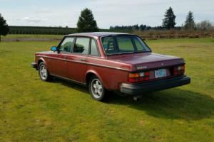 1982 Volvo 240 Photo