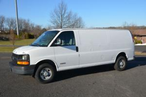 2005 Chevrolet Express Photo