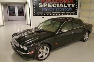 2005 Jaguar XJ-Series Super V8 4dr Sedan Sedan 4-Door Automatic 6-Speed