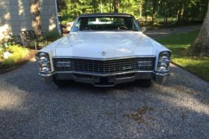 1967 Cadillac DeVille Coupe Photo