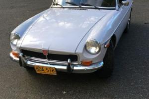 1974 MG MGB Roadster Photo