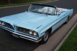 1961 Pontiac Bonneville Model 2867
