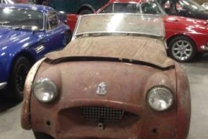 1955 Triumph TR2 Photo