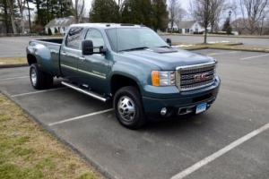 2011 GMC Sierra 3500 Dually w/ Denali & Tow package