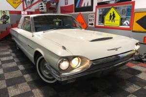 1964 Ford Thunderbird Photo