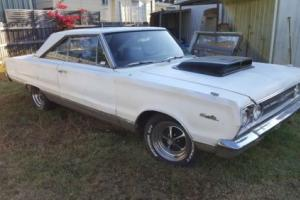 Plymouth Satellite couple V8 440 Six Pack Photo