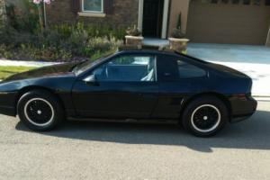 1988 Pontiac Fiero Photo
